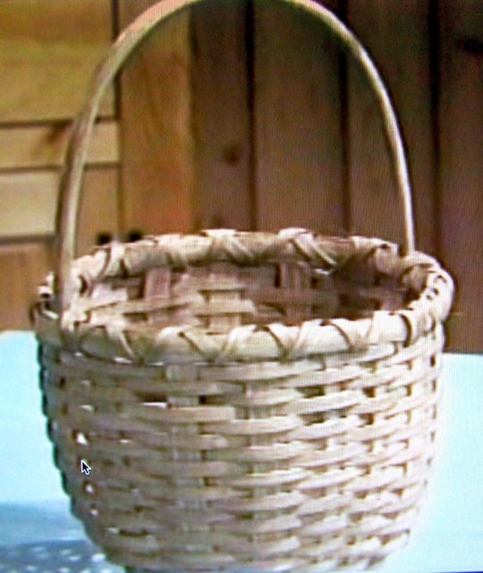 DVD106 friendship basket